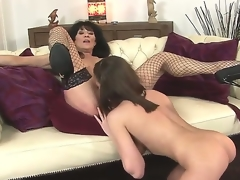 Sympathetic youthful hottie Nelly Sullivan and her experienced brunette hair milf Regina in the action