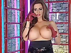 linsey dawn Outside RLC studios